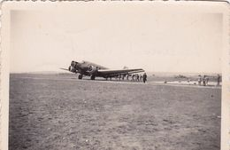 Photo D'époque: Le Cercueil Volant ( Afrique ?) - Aviation