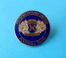 PETERBOROUGH UNITED FC - England Football Soccer Club Larger Enamel Pin Badge Fussball Calcio Futbol Brittish - Fussball