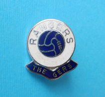RANGERS FC (The Gers) Glasgow - Scotland Football Soccer Club Nice Enamel Pin Badge Fussball Calcio Futbol Futebol Foot - Fussball