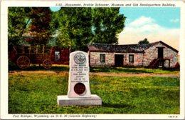 Wyoming Fort Bridger Monument Prairie Schooner Museum And Old Headquarters Building - Etats-Unis