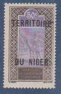 NIGER      N°  YVERT  :  27    NEUF AVEC CHARNIERES      ( CHARN  03/ 40 ) - Unused Stamps