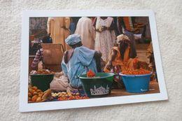 AU MARCHE DE KAOLACK ...PHOTO MAURICE ASCANI - Senegal