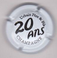 Capsule Champagne URBAIN Père Et Fils ( 48 ; 20 ANS Blanc Et Noir ) {S28-20} - Champagne