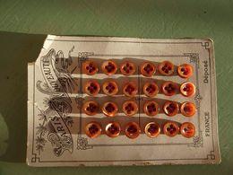 Carton Planche 24 Boutons, Button, Knop, Taste, Paris Nouveauté - Buttons