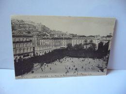 1295 . ALGER ALGERIA ALGÉRIE LA PLACE DU GOUVERNEMENT ET LA HAUTE VILLE CPA EDITION E.S - Algiers