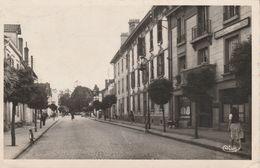 88 - THAON LES VOSGES - Rue D' Alsace - Thaon Les Vosges