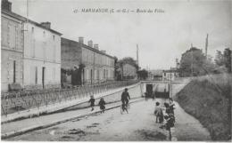 MARMANDE - ROUTE DES VILLAS - BELLE ANIMATION - 1924 - Marmande
