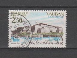 """FRANCE / 1984 / Y&T N° 2325 : """"Touristique"""" (Citadelle Vauban De Belle-Île-en-mer - Morbihan) - Oblitéré 1985 04. SUPERB - France"""