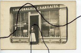 Carte Photo A IDENTIFIÉE. CPA. Devanture Magasin Commerce Cordonnerie FRANÇAISE Fabrique 29 Rue De Chambon SAINT Etienne - Fotografía
