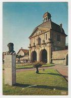 52 Langres N°269.79 La Porte Des Moulins En 1974 Statue De Auguste Laurent - Langres