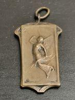 Médaille Belgique, C. A. Schaerbeek Reconnaissant 1936 - Belgique