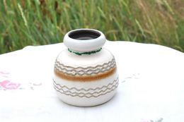 Petit Vase Design Allemand - Porselein & Ceramiek