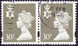 GREAT BRITAIN Northern Ireland 1993 QEII 30p Machin Pair Deep Olive-Grey SGNI74 FU - Regional Issues