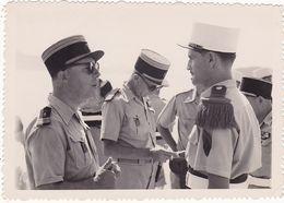 Photographie : Militaire - Militaria : Légionnaire Et Colonels : Lieu Voir Explication Au Dos - - War, Military