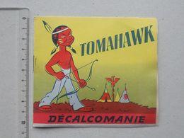 DECALCOMANIES Anciennes: TOMAHAWK Chef Indien Livret Avec 3 Volets Intérieurs - Amérindien Arc Flèche - JESCO Imagerie - Alte Papiere