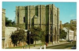 Ref 1384 - Postcard - Post Box & Abbey Gateway - Bury St Edmunds - Suffolk - Otros