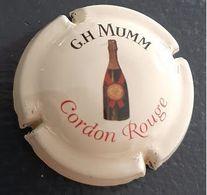 Capsule Champagne G.H. Mumm Cordon Rouge Sur Fond Beige - Mumm GH