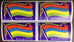 Mauritius 1968 2c Independence Flag Block Of 4 MNH - Mauricio (1968-...)