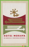 Voyo  HOTEL MORAVA Olomouc Ex Czechoslovakia Czechia Hotel Label 1960s Vintage Decalc OTK - Etiquettes D'hotels