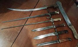 Lot Collection Baionettes Ancienne + Sabre Arabe + Machete Francais Etat 1914-1918 - Armes Blanches