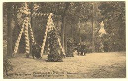 A1678[Postkaart] Hoogstraeten ... / Kostschool Der Ursulinen / Touter. (Nels, Thill) [Hoogstraten De Tuin Schommel] - Hoogstraten