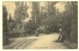 A1680[Postkaart] Pensionnat Des Ursulines Hoogstraten ... / Une Vue Du Parc (Collin) [de Tuin Het Park Ursulinen Meisje - Hoogstraten