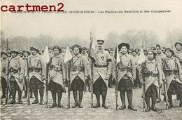 CAMP MILITAIRE INDOCHINOIS FANIONS DU BATAILLON TIRAILLEURS INDOCHINOIS ANGOULEME VIETNAM COLON TIRAILLEUR INDOCHINE - Regiments