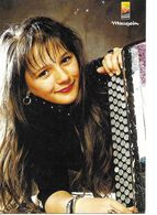 Marlene  Teyssandier Accordeon La Salesse  19 - Chanteurs & Musiciens