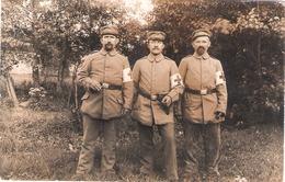 Carte Photo Allemande 14 18 - Groupe De Trois Infirmiers - 1914-18