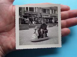 De KUST - Oud SPEELGOED ( O.a. Smiths Chips ) TRAPAUTO's O.a. Heist A/Zee ( Zie Foto's Voor Detail ) 6 Stuks ! - Lieux