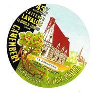 ETIQUETTE De FROMAGE..CAMEMBERT Fabriqué En NORMANDIE..La Pommeraie..Laiterie LAVALOU à LE BOURG St LEONARD (Orne 61) - Fromage