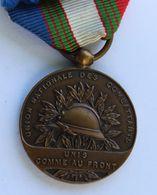 Médaille Décoration Union Nationale Des Combattants Unis Comme Au Front ABIEN Mérité De L'UNC - Médailles & Décorations