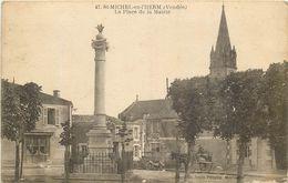 SAINT MICHEL En L'HERM-laplace De La Mairie (état) - Saint Michel En L'Herm