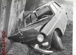 ACCIDENT AUTOMOBILE 404 PEUGEOT CAR CRASH ACCIDENTE INCIDENTE AUTOMOBILISTICO VOITURE - Automobili