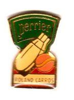 Pin's Tennis Roland Garros Perrier Epoxy - Tennis