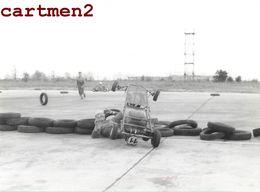 PHOTOGRAPHIE ANCIENNE COURSE DE KARTING KART SPORT AUTOMOBILE CRASH ACCIDENT CAR BUGGY - Automobili