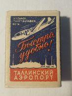 Boîte D'allumettes. Réalisme Socialiste. Propagande De L'URSS. L'aéroport De Tallinn. - Boites D'allumettes