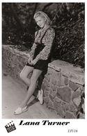 LANA TURNER (PB16) - Film Star Pin Up PHOTO POSTCARD - Pandora Box Edition Year 2007 - Femmes Célèbres
