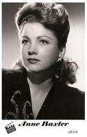 ANNE BAXTER (PB10) - Film Star Pin Up PHOTO POSTCARD - Pandora Box Edition Year 2007 - Femmes Célèbres