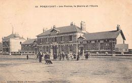 PORNICHET  - Les Postes , La Mairie Et L 'école - Pornichet