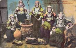 GRECE Greece : SALONIQUE Salonica : Groupe De Femmes De KIRETCH-KIEUV - CPA Colorisée - Griechenland Griekenland Grecia - Grèce