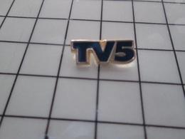 616A Pin's Pins / Beau Et Rare / THEME : MEDIAS / CHAINE DE TELE TV5 - Mass Media