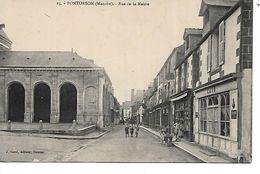 50 - PONTORSON - Rue De La Mairie  (Petite Animation, Commerces) - Pontorson