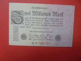 Reichsbanknote 2 MILLION MARK 1923 2 CHIFFRES NOIRES+1 LETTRE+6 CHIFFRES ROUGES CIRCULER (B.16) - 2 Millionen Mark