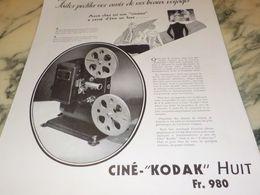 ANCIENNE PUBLICITE FAITES PROFITER VOS AMIS  KODAK HUIT 1933 - Photography