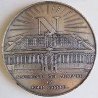 Medaille En Bronze Napoleon I Fait Achever La Cour Carrée – Louvres, Par LESOT - Altri