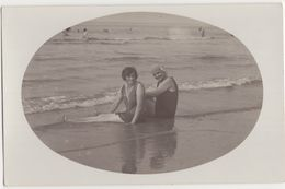 Portret-foto 2 VROUWEN Aan Zee / Carte-photo 2 FEMMES à Mer / Porträt FRAUEN Am Mer / Portrait WOMEN At Seaside - 1929 - Photographie