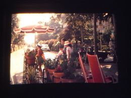 1 Slide - Mb12 - Street Scene - Diapositivas