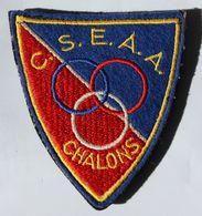 écusson C. S. E. A. A. Chalons Judo 3 Anneaux Belu Blanc Rouge - Sports