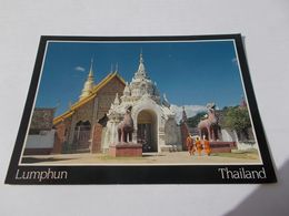 WAT PHRATHAT HARIPHUNCHAL LUMPHUN  THAILAND ( THAILANDE )  ANIMEES  1991 - Thaïlande